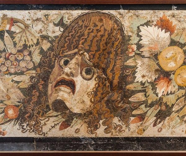 Emotion peur masque tragique détail d'une mosaïque romaine de Pompéi wikimedia commons